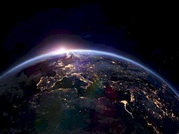 Kosmos.... - Kosmos............................. Widok ziemi z kosmosu.