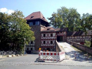 в Нюрнберг - интересна сграда в Нюрнберг.