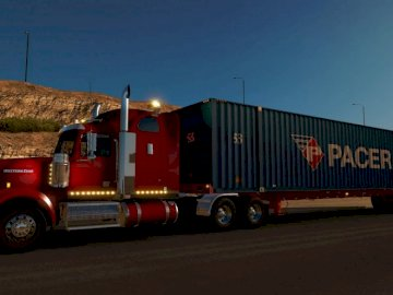 Trailer.nivel1 - Trailer para trabajar medios de transporte con pequeños. Un gran camión estacionado al costado de