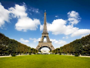 Eiffel Tower - Eiffel Tower - the most famous architectural object of Paris, considered the symbol of this city and