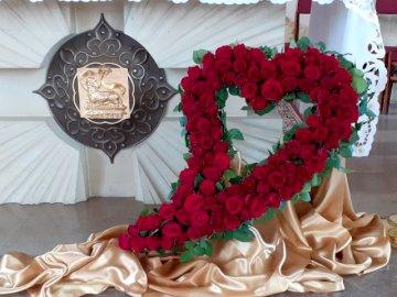 Herz für Johannes Paul II - Herz von 100 Rosen - Geburtstagsgeschenk.