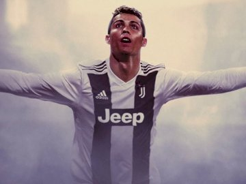 Cristiano Ronaldo in the colors of Juventus F.C. - Cristiano Ronaldo in the colors of Juventus F.C.