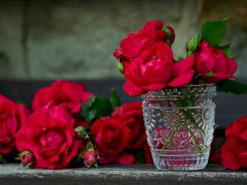rote Rosen - Ein Strauß schöner roter Rosen