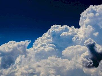 BEAUTIFUL CLOUDS IN THE SKY - CLOUDS, BLUE, WHITE, SKY
