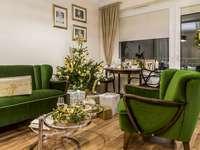 Zielono złote mieszkanie