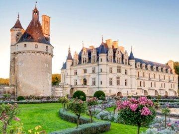 Zamek w dolinie Loary - Dolina Loary między Sully-sur-Loire i Chalonnes-sur-Loire