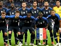 Det franska fotbollslaget - Försök att bygga om bilden av det franska fotbollslaget! Det är upp till dig att vara smart!