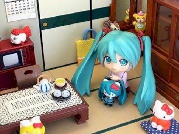 Miku Hatsune - Miku Hatsune chez elle