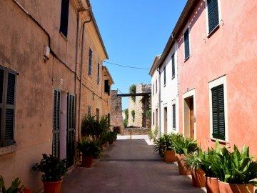 calles de alcudia en mallorca - calles de alcudia en mallorca