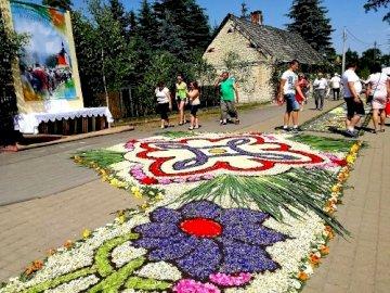 Corpus Christi - Procissão de Corpus Christi, tapete de flores