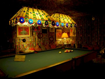 Elvis's Billard Room At Graceland - The Billard Room Is A Example Of 1970s Décor And Flair