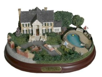 Village Graceland Model - This Is A Model Of Graceland From Year Elvis Bought The Mansion On March 19, 1957