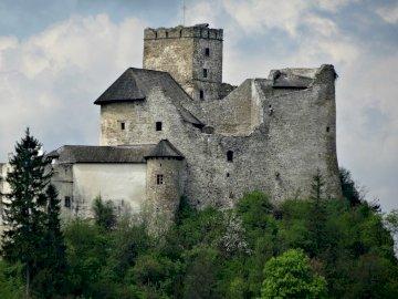 Hrad ------ - Hrad ze 14. století v Nidzici