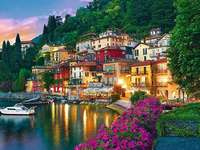 Lake Como, Italy - Lake Como is beautiful and I recommend you these PUZZLE!