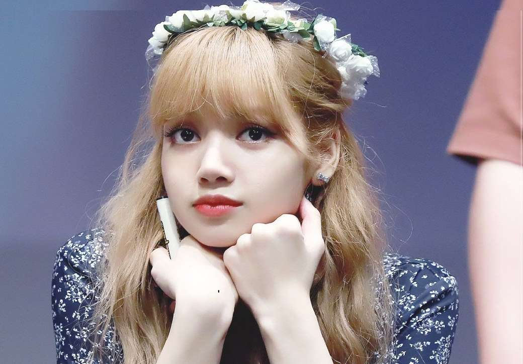 lalisa manoban - um membro do blackpink (8×6)