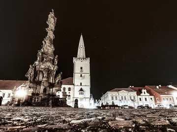 Kadaňské náměstí v noci - Kadaňské náměstí v noci
