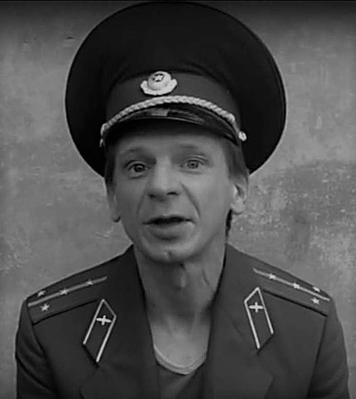 żołnierz stare zdjęcie pamiątkowe - żołnierz major wojskowy (8×9)