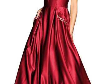 Rotes Satinkleid - sehr schönes Kleid