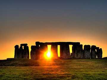 Przesilenie zimowe w Stonehenge - Przesilenie zimowe w Stonehenge