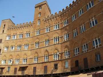 El mercado en siena - Construcción para los mercados de Siena