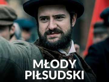 """GRZEGORZ DAUKSZEWICZ - Aus der Serie """"Young Piłsudski"""""""