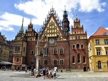 Wroclaw - - climat d'autrefois - immeubles colorés