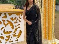 Sushmita Sen - Sushmita in een sari tijdens het gala