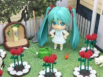 Sehr schöne Blumen - Miku Hatsune und sein hübscher Garten