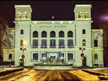 nádherné chomutovské divadlo - nádherné chomutovské divadlo