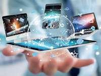 Technologie et informatique - Identifiez les éléments et localisez-les en conséquence.
