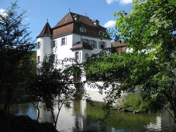 Szwajcaria - Pałac - zajazd nad wodą