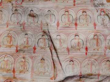 braune und weiße abstrakte Malerei - Wandmalereien im buddhistischen Tempel in Sri Lanka. Sri Lanka