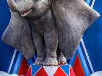 Ντάμπο  - Szeretem Dumbo-t !!!!!!!!
