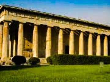 TEMPLE OF HEFEST - It is part of the Agóra of Athens. It is one of those that most accurately represents the proportio