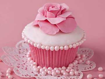 Rose cupcake - Cupcake with a sugar rose