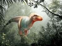 kolorowy dinozaur przemierza dżungle