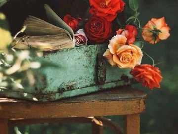 Βαλίτσα  - Βαλίτσα με λουλούδια