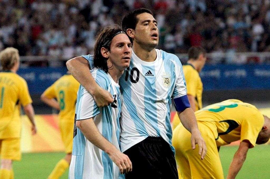 Меси и Рикелме - Два чудесни играча в историята на футбола в пъзел (8×5)
