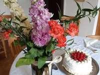 λουλούδια κέικ και ευχές - λουλούδια κέικ και ευχές