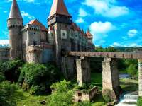 château en Transylvanie - ancien château de Transylvanie