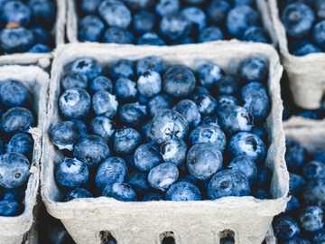 fruta de arándanos - Arándanos en el mercado.