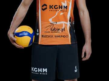 Filip Biegun - (nato il 21 maggio 1996) - Giocatore di pallavolo polacco, giocando la posizione dell'ospite. D