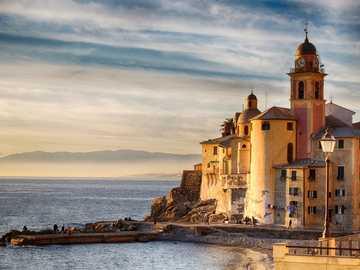 Włoskie miasteczko - Camogli miasteczko w rejonie Liguria