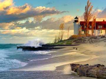 Leuchtturm, Strand - Leuchtturm, Strand. Sonnenaufgang