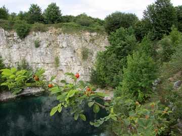 Zakrzówek - Zakrzówek w Krakowie, woda i skały