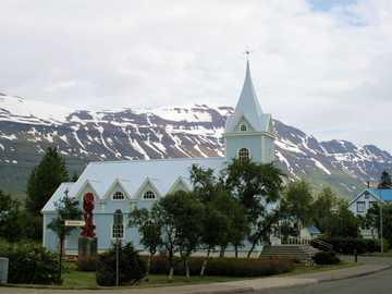 Kościół na dalekiej północy - Kościół na dalekiej północy