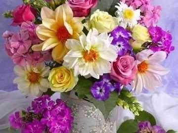 bouquet di fiori - fiori - fiori freschi in un vaso