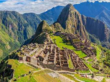Macchu Picchu - Sie müssen ein Machu Picchu Puzzle erstellen, um zu gewinnen