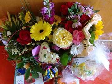 Kwiaty i Czekoladki - Od moich dzieci w szkole