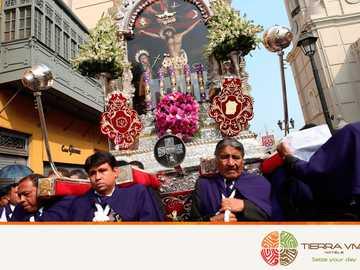 signore dei miracoli - processione del Signore dei Miracoli